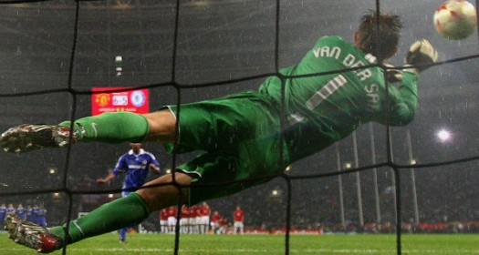 Edwin Van Der Sar saves Anelka's penalty in Moscow